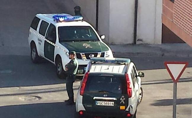 Buscan a un hombre en Gran Canaria tras hallar muerta a su pareja