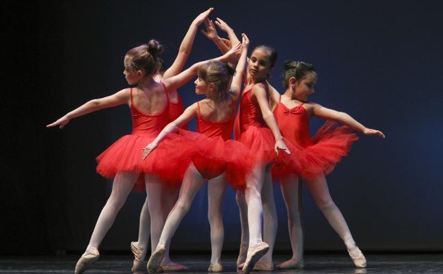 Danzamaratón clausura sus exhibiciones de coreografías con 700 participantes