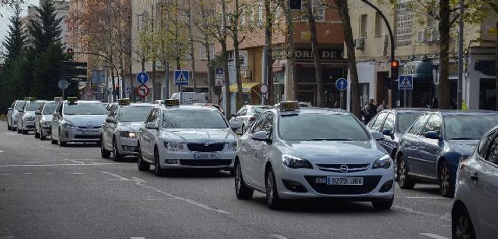 El acusado de agredir a un taxista en Badajoz asegura que no estaba en la ciudad