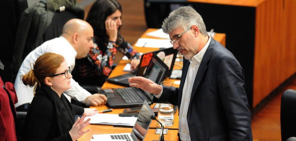 La Junta paraliza la tasa a pisos vacíos por la suspensión del Constitucional