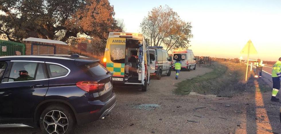 Dos heridos leves en una salida de vía cerca de Gévora