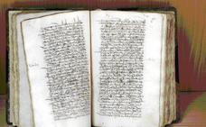 Cáceres digitaliza un códice del XVI que reúne documentos desde la Edad Media