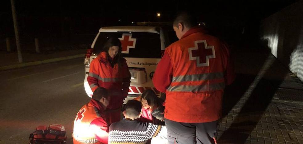 Cruz Roja atiende 15 personas por ingesta de alcohol en el macrobotellón de Badajoz