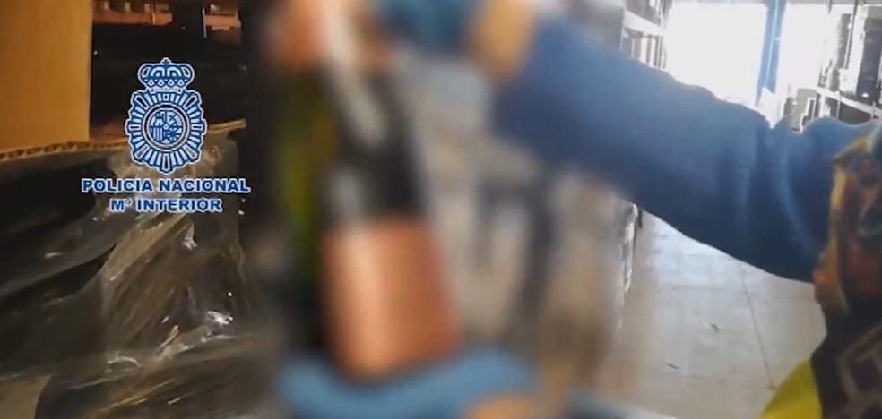 La Policía interviene 20.000 botellas de champán francés falso