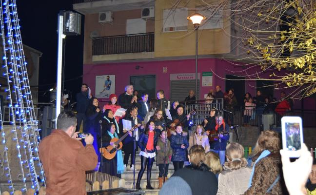Villancicos para dar la bienvenida a la Navidad en Talayuela