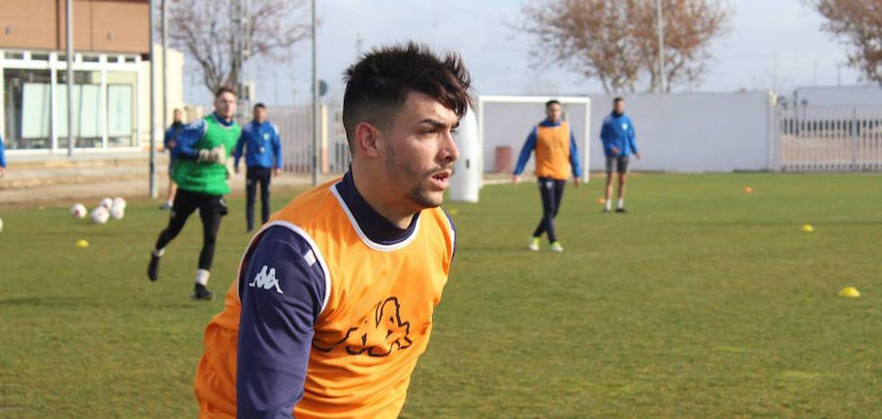 El Villanovense ficha al delantero Dani Muñoz, que llega de la Tercera andaluza