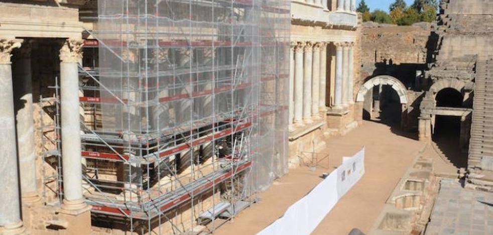 La empresa encargada de la restauración del Teatro Romano abandona el proyecto