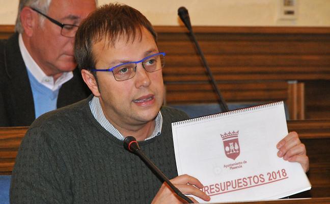 La oposición tacha las cuentas placentinas de 2018 de «ficticias» e «irreales»
