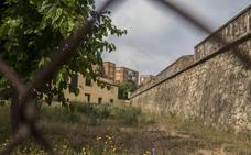 Pardaleras exige «urgencia» en el derribo del antiguo colegio