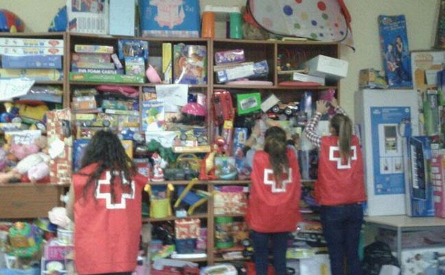 Cruz Roja repartirá juguetes entre más de 170 niños de Almendralejo en Reyes