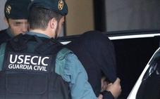 Prisión incomunicada y sin fianza para el asesino confeso de Diana Quer tras negarse a declarar