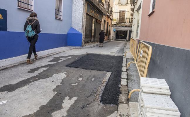 Las roturas de tuberías vuelven a paralizar Arias Montano
