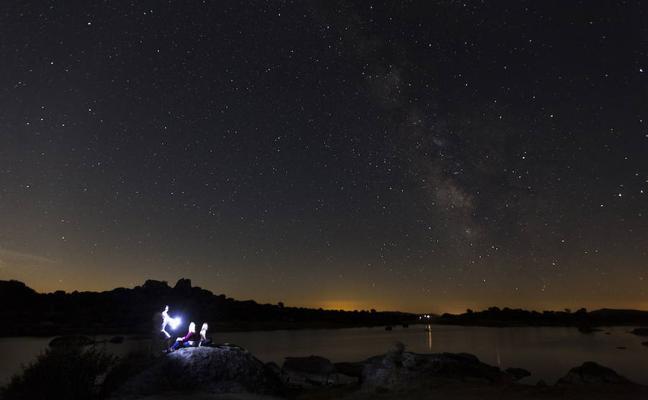 La primera lluvia de estrellas del año se retransmitirá desde 'El Anillo'
