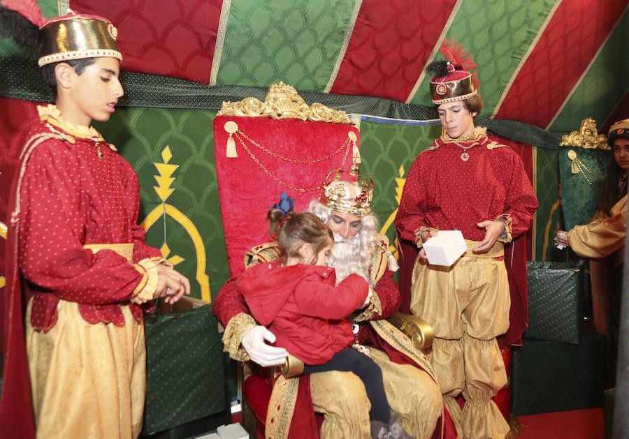 Sus Majestades de Oriente desfilarán en Cáceres contra viento y marea