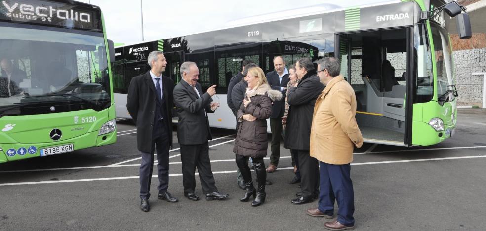 El autobús urbano de Cáceres gana otros 85.000 viajeros y estrena vehículos nuevos