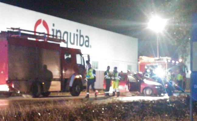 Muere un hombre a la salida de Guareña tras el choque de dos turismos