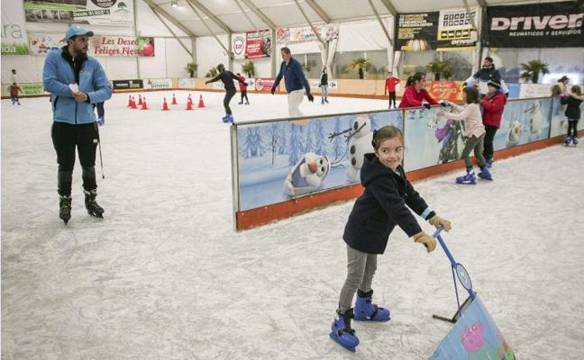 Pista de patinaje y juegos infantiles en Cereslandia