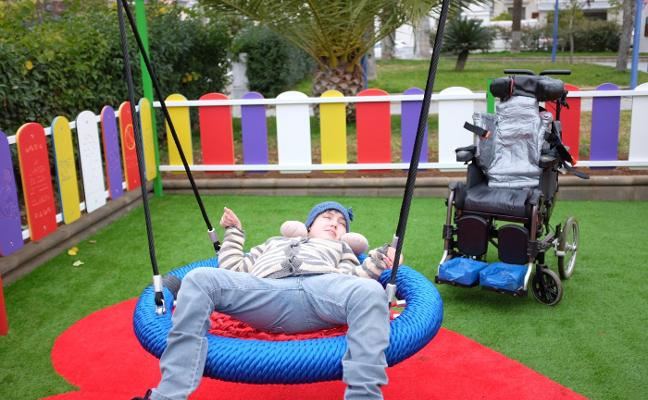 Inaugurado el parque infantil de la plaza de España