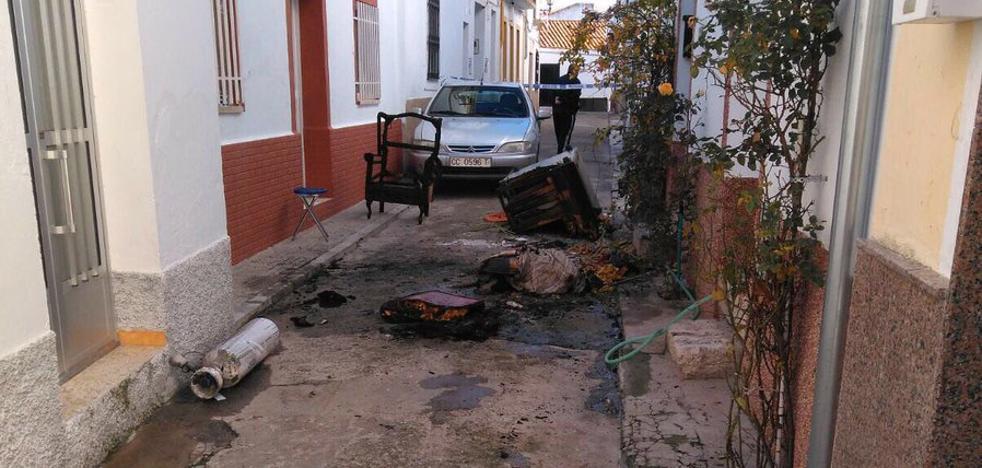 Fallece un hombre de 69 años en un incendio en Valencia de Alcántara
