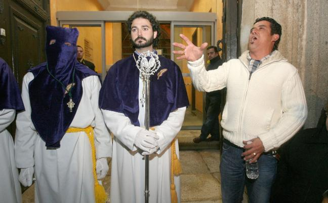 La Semana Santa cacereña elimina el ritual de liberar a un preso