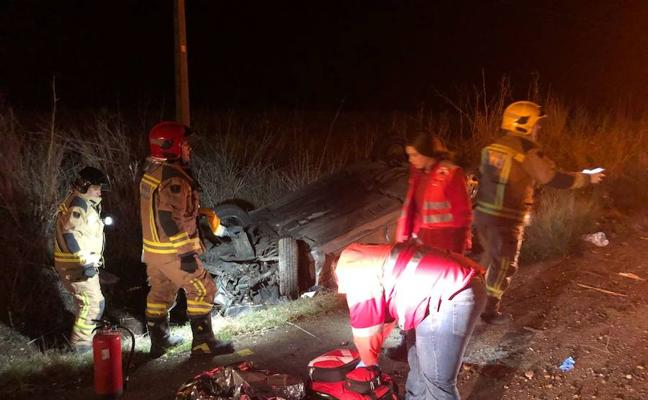 Tres personas heridas en un accidente ocurrido en la carretera que une Badajoz con Olivenza
