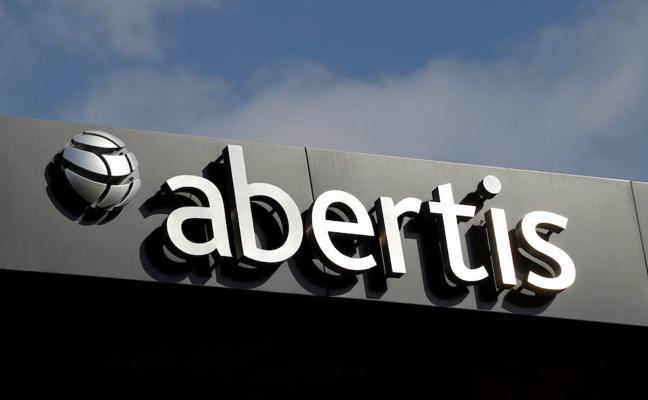 La CNMV mantiene el pulso al Gobierno y no anula la OPA de Atlantia sobre Abertis