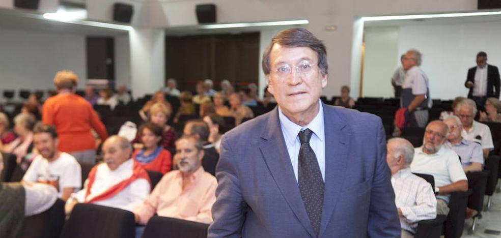 Joaquín Araújo: «Los políticos muchas veces hacen oídos sordos a los problemas ambientales»