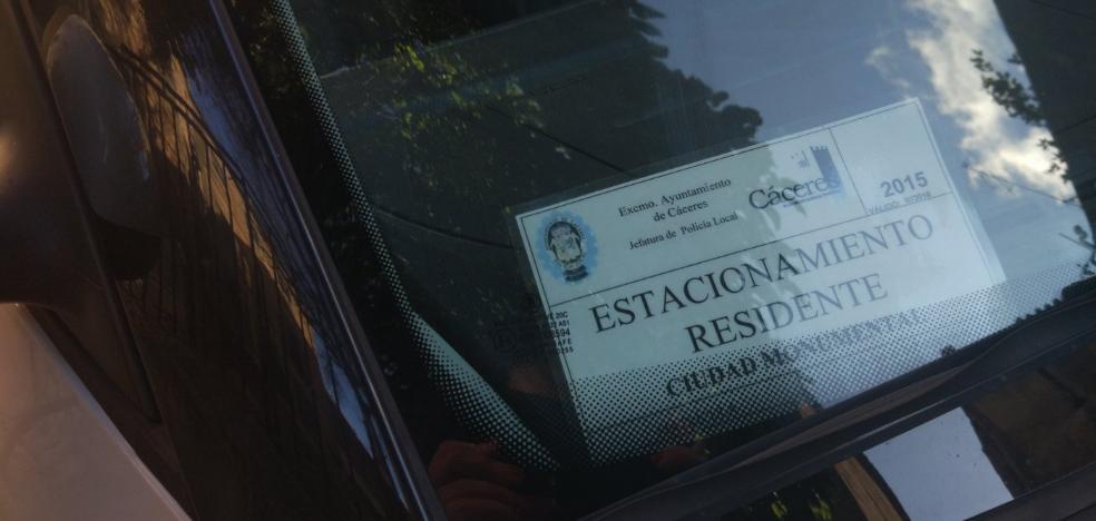 La Policía prorroga el permiso para aparcar en la parte antigua a los vecinos