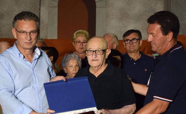 Fallece a los 89 años José Gallego, Hijo Predilecto y artífice durante años de las hogueras de San Juan