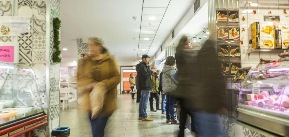 Nevado decide cambiar el modelo de gestión del Mercado del Carmen