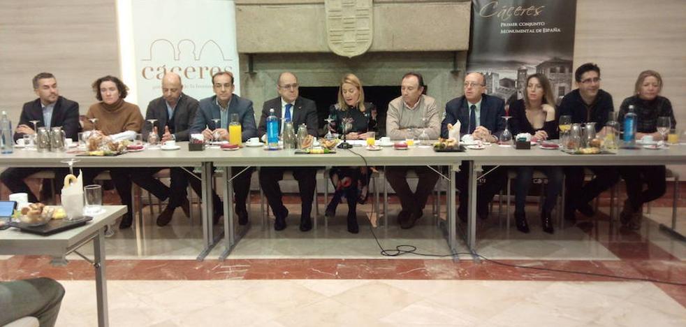 Elena Nevado: «Somos un gobierno dialogante y transparente»