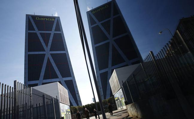 Bankia mantiene su pretensión de despedir 14% plantilla por fusión con BMN