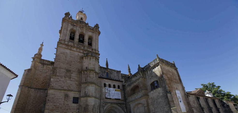 Un millón de euros para seguir en la Catedral de Coria
