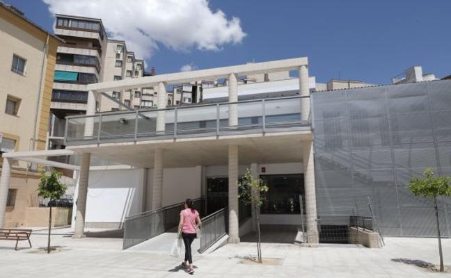 La alcaldesa defiende el nuevo modelo de gestión para Ronda del Carmen
