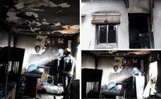Sin daños personales en el incendio de una vivienda en Navatrasierra
