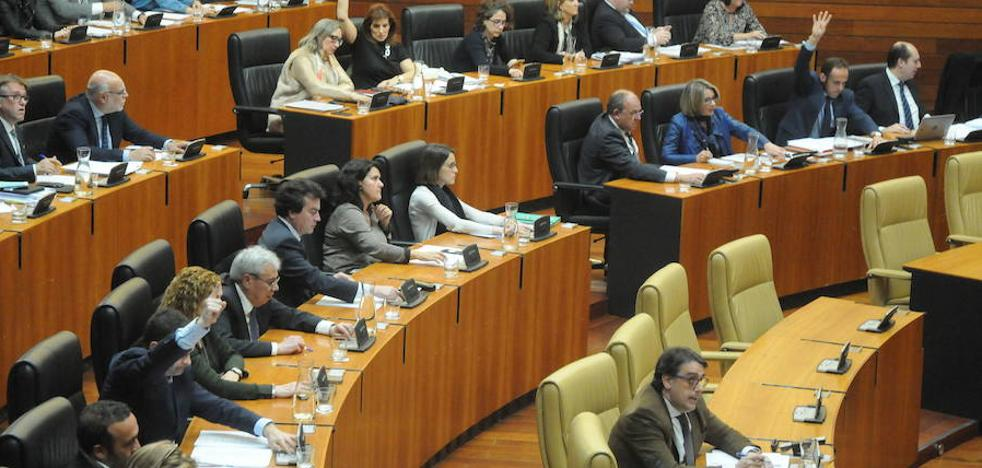 El PSOE tiene esperanzas de aprobar las cuentas y Podemos dice que quedan flecos