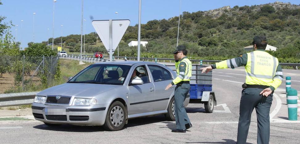 Tráfico inicia el lunes una campaña para controlar el estado de los vehículos de la región