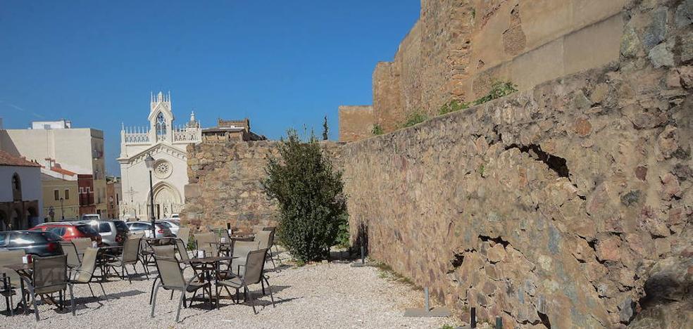 El Ayuntamiento invierte 200.000 euros para continuar con la rehabilitación de la Alcazaba
