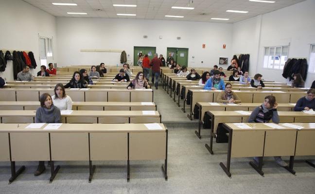 Los exámenes del SES comenzarán el próximo junio con más de 3.100 plazas