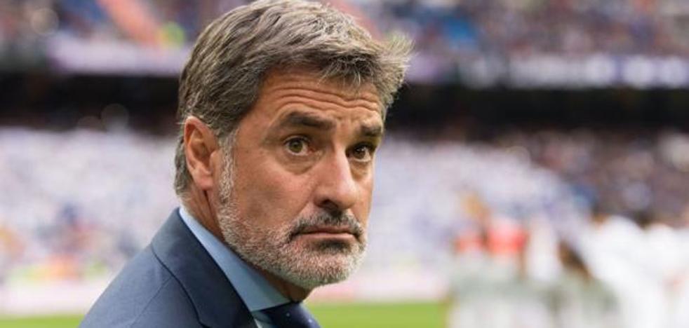 El Málaga despide a Míchel y recurre a José González
