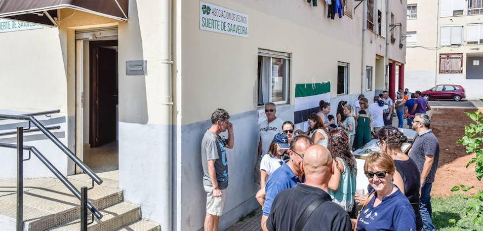Suerte de Saavedra exige el centro de mayores comprometido por el Ayuntamiento
