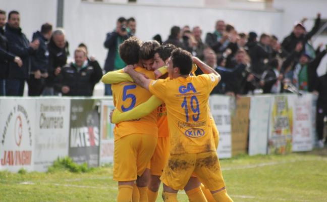 El Moralo se repone gracias a un gol de Carlos Salas