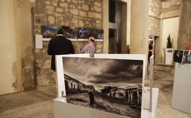 Médicos del Mundo inaugura representación en Extremadura con una exposición