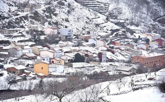 Reabren al tráfico dos carreteras del norte de Cáceres