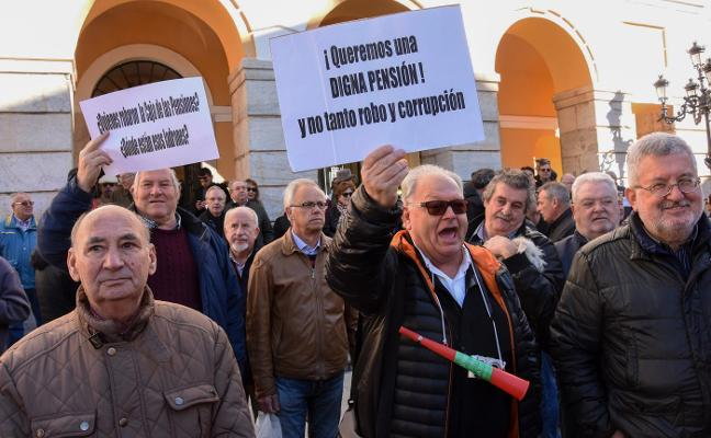 Reclaman una mayor subida de las pensiones en Badajoz