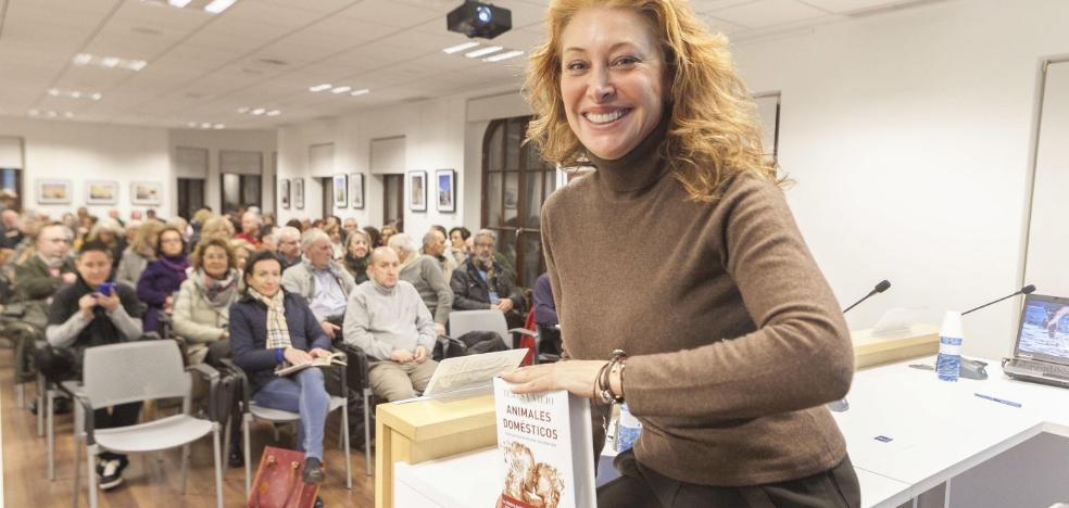 Teresa Viejo presentó ayer en Aula HOY su última novela