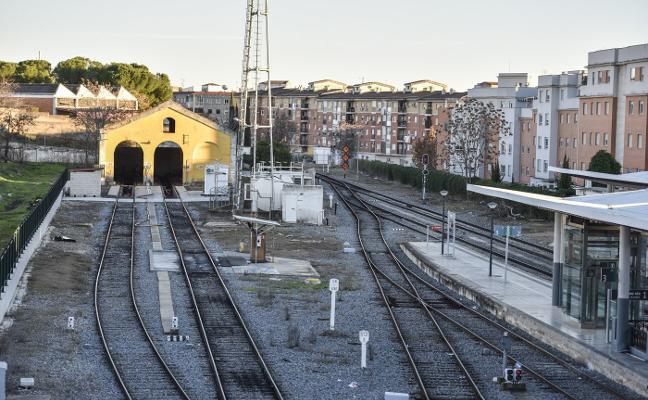 Renfe impulsa el nuevo taller para reparar los trenes en la ciudad