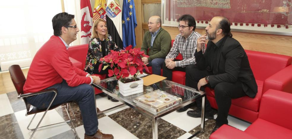 Nevado recibe a la nueva directiva de Antonio Canales