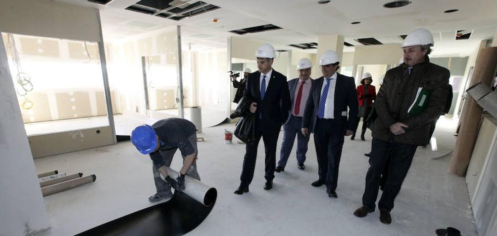 Los presupuestos regionales del 2018 recogen 20 millones para el hospital de Cáceres