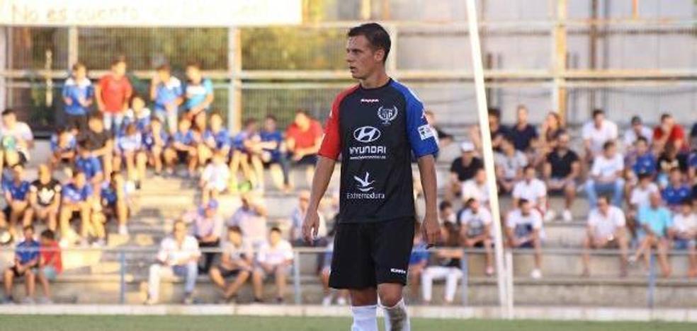 Javi Pérez, nuevo jugador del CD Badajoz